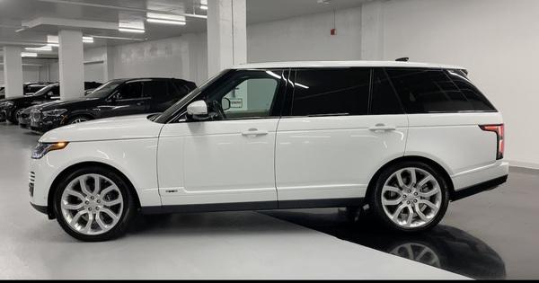 """Lộ diện Range Rover thế hệ mới phiên bản kéo dài LWB – """"Biệt thự di động"""" cho đại gia"""