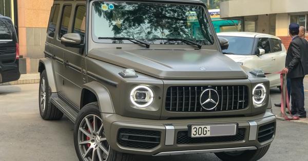 """Tránh """"đụng hàng"""", đại gia Hà Nội tậu Mercedes-AMG G63 với màu sơn hơn 6.000 USD"""