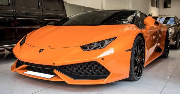 Lamborghini Huracan độ siêu độc từng gây xôn xao Bình Dương được chuyển ra TP. HCM giữa mùa dịch, chi tiết trên vô-lăng tiết lộ nguyên nhân