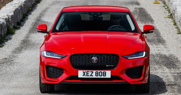 Khám phá Jaguar XE 2020 trước ngày ra mắt tại Việt Nam
