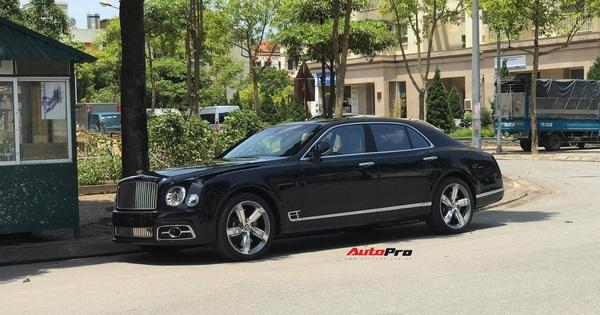 Bắt gặp Bentley Mulsanne Speed đời mới cực hiếm tại Việt Nam, giá bán là chi tiết khiến nhiều người tò mò