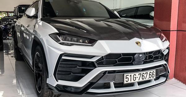 """Lamborghini Urus từng của Minh """"nhựa"""" xuất hiện tại showroom tư nhân, nhiều chi tiết được trả về nguyên bản"""
