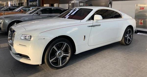 """Rolls-Royce Wraith """"lướt"""" tại Dubai được chào bán hơn 9 tỷ khi về Việt Nam – Xe siêu sang giá mềm cho giới nhà giàu"""