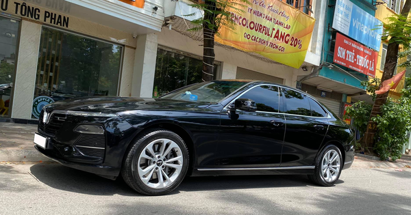 Vừa đăng kí 3 tháng, chủ nhân VinFast Lux A2.0 bán xe rẻ hơn giá niêm yết 300 triệu đồng