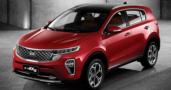 Kia Sportage thế hệ mới lần đầu lộ diện cả nội và ngoại thất: Thay đổi toàn diện để đấu Honda CR-V