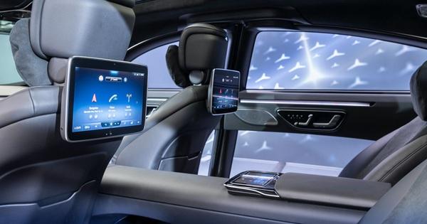 Mercedes-Benz S-Class mới sắp làm nhiều đại gia Việt mở hầu bao với dàn 5 màn hình khủng trong nội thất