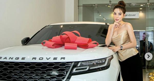 Hoa hậu Kỳ Duyên sắm Range Rover Velar giá 5,4 tỷ, fan vào khen: Bằng tuổi mà tớ mới mua được SH