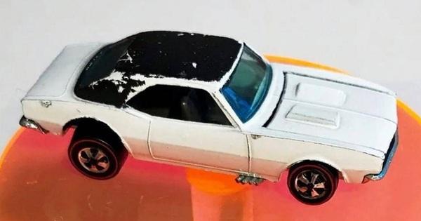 Ô tô đồ chơi giá trăm ngàn đô, đắt hơn cả xe thật
